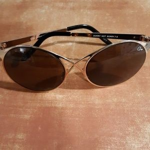 QUAY AUSTRALIA Women's Sorry Not Sorry Sunglasses
